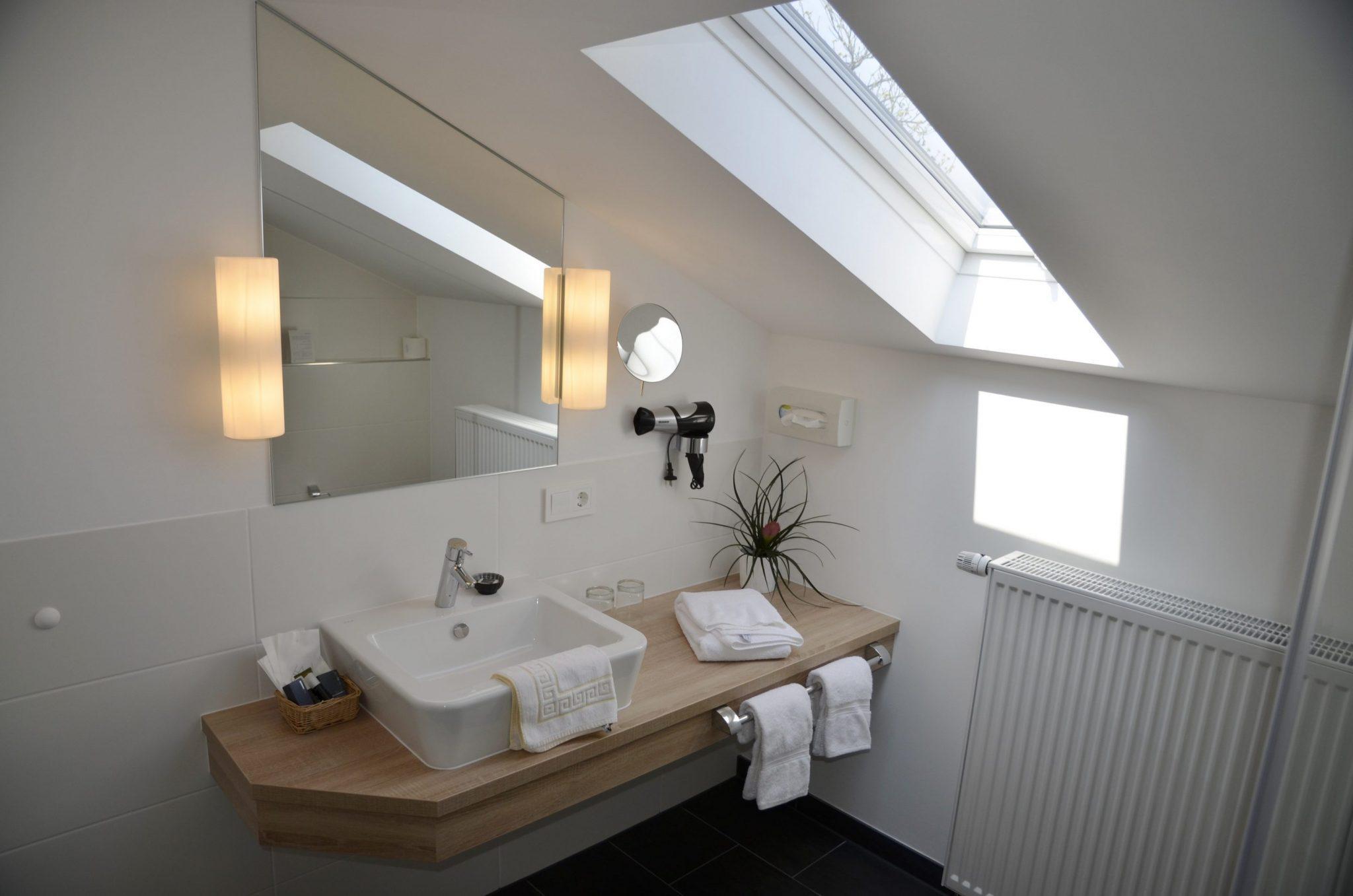 Hotel Tannenheim in Boppard Zimmerausbau vom Tischler