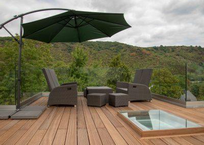 Dachterrasse – vom Tischler aus Halsenbach eine Wohlfühl-Oase geschaffen