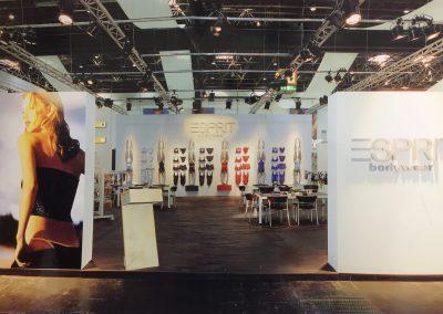 Esprit Messestand von Emmelshausen nach Frankfurt